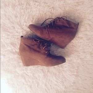 Shoes - NEW DIRECTION BROWN WEDGE BOOTIES